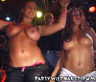 Party Girls On Spring Break