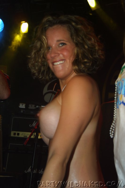 Wild Drunk College Girls Flashing